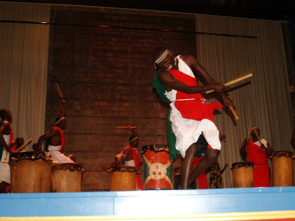 Batimbo joins percussion and acrobatics with their jaw-dropping performance