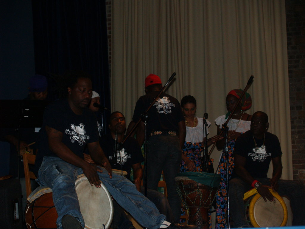 The Nouvelle Ville djembe ensemble