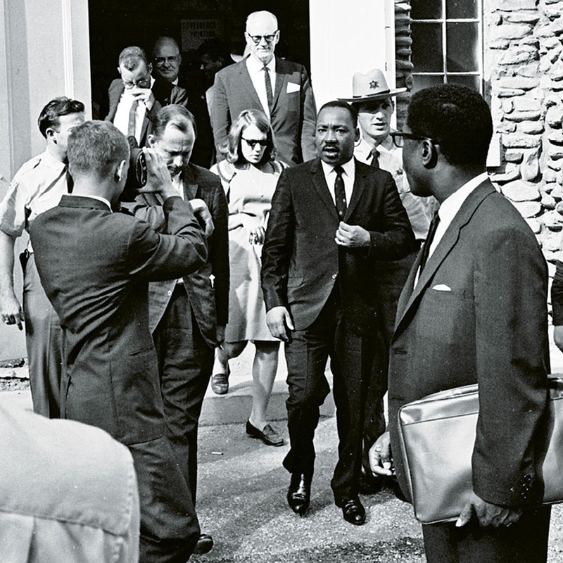 a comparison of the outlooks of president lyndon b johnson and dr martin luther king jr on the vietn On april 4, 1968, civil rights leader martin luther king, jr was shot and killed by a sniper while standing outside his hotel room in memphis after attending a memorial service the next day.