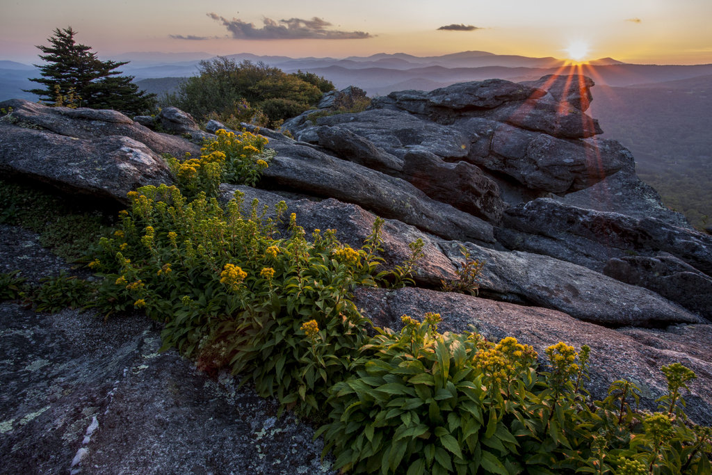 HONORABLE MENTION - GRANDFATHER MOUNTAIN SUNSET - Karen Rowe - Taken from an overlook on Grandfather Mountain. Amateur category