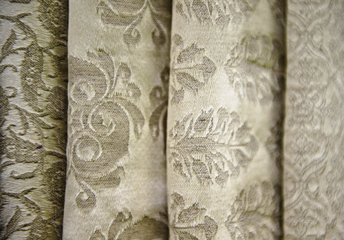 Damask fabrics are used to make coverlets and shams.